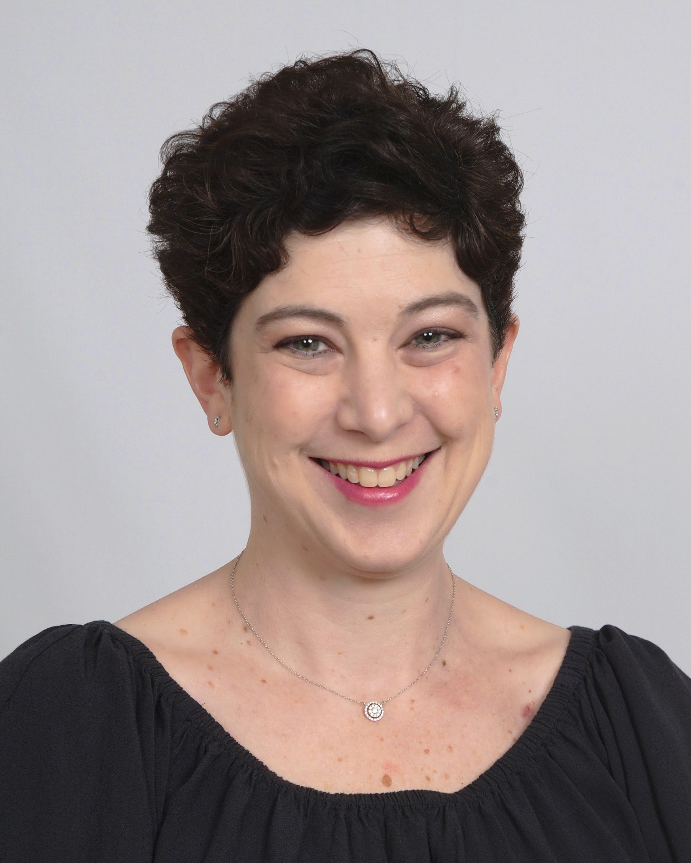 Headshot of Alexis Snyder